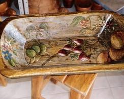Gamela antiga em madeira reciclada