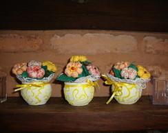 vasinhos decorativos com fuxicos