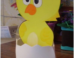 arranjo de mesa pintinho no ovo