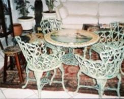 Mesa de varanda reciclada