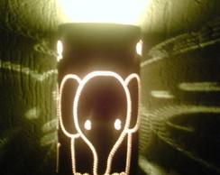 Lumin�ria infantil elefantinho