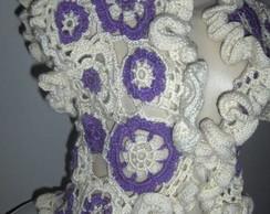 Colete em Crochet Floral Rococ�