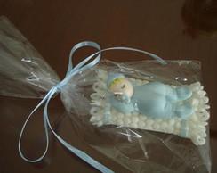 Beb� em biscuit lembrancinha c/�m�