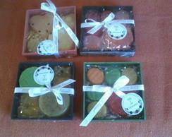 mini caixas com sabonete artesanal
