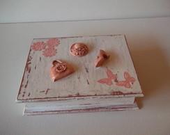 Caixa de Bijuterias Branca e Rosa.