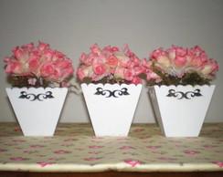 Lembrancinha cachep� de flores
