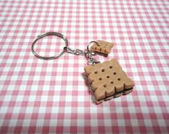Chaveiro Biscoito Recheado de Chocolate