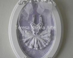 Quadro Oval Bailarina Lilas