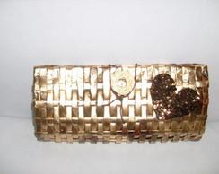 carteira dourada,com aplica�ao d cora��o