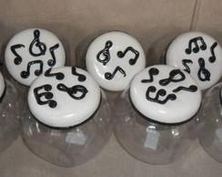 Potes decorados Notas Musicais