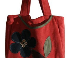Bolsa vermelha em camur�a