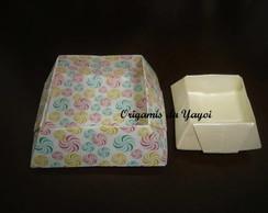 Forminhas de origami para docinhos