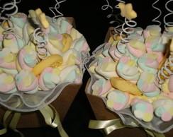Buqu� de marshmallows amarelo beb�