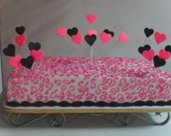 Bolo Decorado com cora�oes pink e preto
