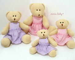 Fam�lia de ursas meninas de vestido