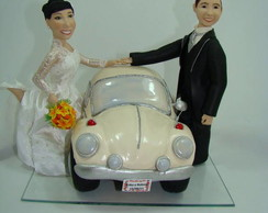 Casal de noivinhos com Fusca