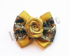 La�o Simples Dourado Flor