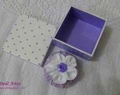 Conjunto caixa e sach� lil�s e branco