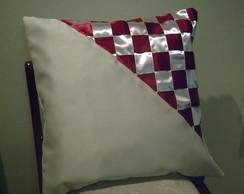 Capa de almofada com fitas de cetim