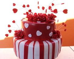 bolo fake  para vermelho e branco