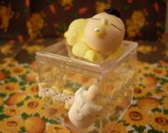 Bebezinho com caixa de acr�lico