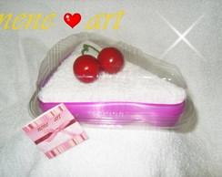 Fatia de bolo de toalha