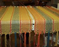 Trilhos de mesa em algod�o colorido