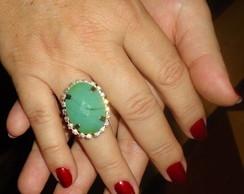 Anel com pedra Jade Verde