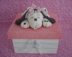caixa com cachorrinho