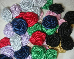 Broches coloridos