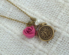 Rel�gio, rosa e p�rola