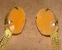 Brinco de pedra cor laranja