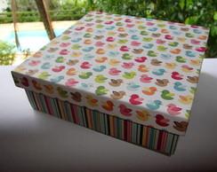 Caixa forrada em papel importado