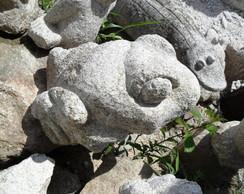 Sapo em pedra granito