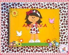 Caderno menina joaninha