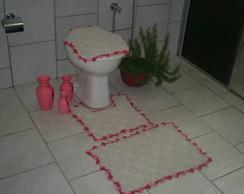 Jogo de banheiro com bico colorido