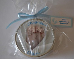 Latinha personalizada com sabonete e tag