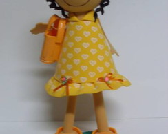 Boneca em EVA, personalizada.