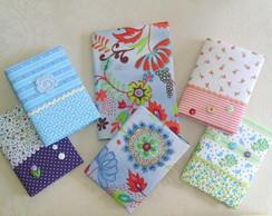 Caderno e caderneta de telefone