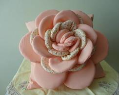 Almofada com Aplica��o de Flor