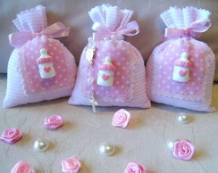 Sache saquinho rosa com mamadeira