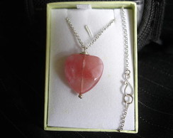 Gargantilha Cherry Quartz Heart