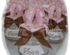 Lembrancinha sapatilhas marrom e rosa