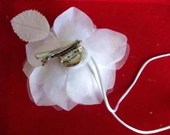 Arranjo de flor com fios de tulipas