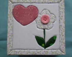 Caixa em patch: Flor de bot�o decora��o