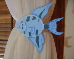 Amarrador de cortina de peixe