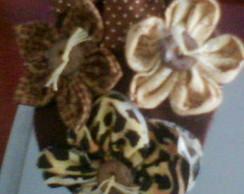 Tiara com Flores - Marrom