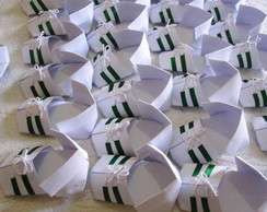 chuteira de origami branca c/verde