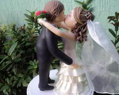 Topo de Bolo Noivinhos beijando