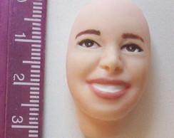 Rosto feminino n 03 c/ sorriso